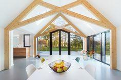 Deze boerderij in Aalten heeft een prachtige moderne uitbouw - Roomed