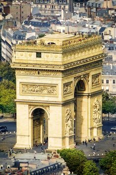 I'll go someday ღ Arc de Triomphe, Paris, France.the mouth of chi. many European cities have large gates to anchor a heart point to the city Places Around The World, Travel Around The World, Around The Worlds, Paris Travel, France Travel, Paris France, Places To Travel, Places To Visit, Beautiful Paris