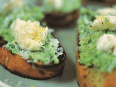 Sometimes simple is best and these Crushed Peas & Mozzarella on Toast prove it.