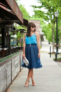 Navy tulle midi skirt, blue midi skirt, blue and turquoise outfit ideas