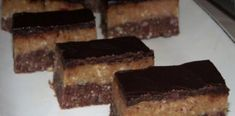 Akkor ez a neked való… Hungarian Recipes, My Recipes, Delicious Desserts, Biscuit, Deserts, Cookies, Cake, Pies, Crack Crackers
