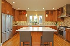 The colors here are similar to the cabinets @ 21 Pacheco Creek Dr.