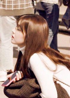 Seulgi, Red Velvet Photoshoot, Irene Kim, Red Valvet, Queens, Red Velvet Irene, Velvet Fashion, Beautiful Gorgeous, Woman Crush