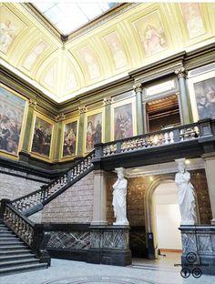 벨기에 플랑드르, 안트베르펜 왕립미술관 :: 네이버캐스트 Stairs, Museum, Mansions, House Styles, Gallery, Home Decor, Stairway, Decoration Home, Manor Houses