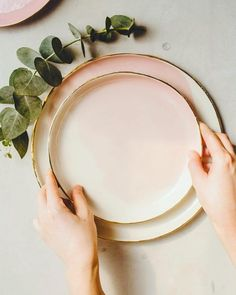 Table Settings, Plates, Tableware, Color, Licence Plates, Colour, Dishes, Dinnerware, Griddles