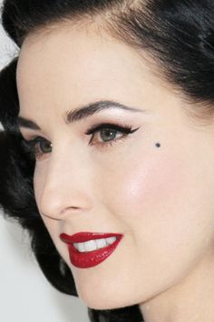 How to get Dita Von Teese makeup | Retro makeup techniques for applying the vintage look#.UPLp-T1F4IU.facebook
