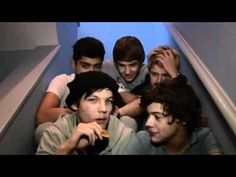 One Direction Video Diary - Week 3 - The X Factor  Et dans l'ordre c'est mieux :)