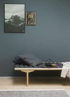 Fine veggfarger / new wall paint colours Nordic Living, Home Living, Living Spaces, Living Room, Wall Colors, House Colors, Colours, St Pauls Blue, Jotun Lady