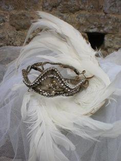 ✕ Vintage ballet tiara & feathers