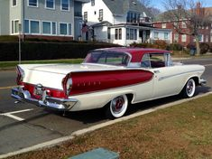 http://customrodder.forumactif.org/t3453-1957-ford-fairlane-skyliner-with-edsel-pacer-1958-front