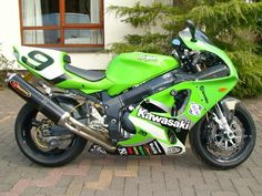 To buy Kawasaki Jacket, please visit: www.speedfireusa.com