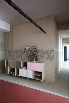 Les architectes italiens d'UdA sont à l'origine de cette rénovation d'un appartement de 200 m2 dans la ville de Bari.L'idée de cette rénovation est de pro