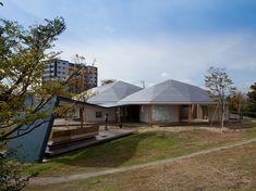 Haus der Hoffnung Location: Natori, Miyagi Completion Date: 2012 Building Type: Multi-purpose Hall, Meeting Room Site Area: 27,550m² Total Floor Area: 234m²