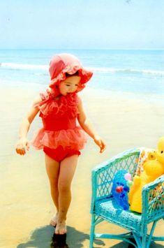 Swimsuit【韓国子供服】[cottonbaby]コサージュ付水着 3点セット