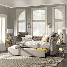 """Carthusia 76.5"""" Chesterfield Daybed 