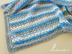 Lanas de Ana: 2 Blankets with Granny Stripes