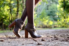 Rebellious yet Romantic - Outfits - In het bos - invito shoes