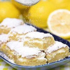 Syrliga, saftiga citronrutor som får det att vattnas i munnen. Baking Recipes, Cake Recipes, Dessert Recipes, Cookie Desserts, No Bake Desserts, Food Fantasy, Swedish Recipes, Bagan, Sweet And Salty