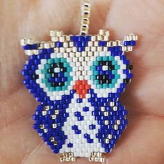Bir kuş konmuş avucuma tatli mi tatli, bir o kadar da hüzünlü buğulu gözlü... #baykuş#miyuki#kolye#boncuk#elemeği#hobi#taki#tasarim#handmadejewelry #jewelry #necklace #beadwork #beadart #accessories #girl#lady #gift #hoby #sale
