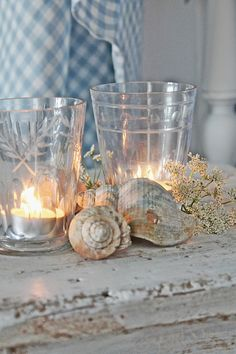 Sometimes simple is just perfect! Antique mismatch glasses and tea light candles make this vignette. Found on VIBEKE DESIGN: Maritimt i blått