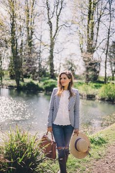 Gal Meets Glam Gingham in the Countryside - Smythe blazer, Isabel Marant top, Joe's Jeans, Hunter Boots and Fendi bag