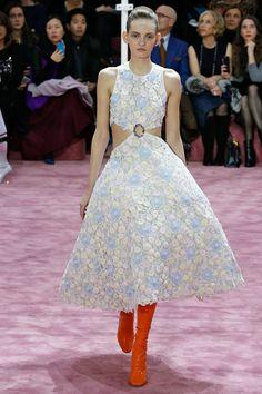 Coleção // Christian Dior, Paris, Verão 2015 HC // Foto 17 // Desfiles // FFW