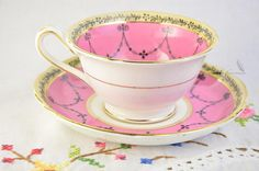Grosvenor china cup and saucer, Jackson & Gosling Ye old English. Vintage item from 1919 and on No chips, no cracks, some wear and scratches on saucer, spot of gold loss on stand of tea cup (see photo), in very good vintage condition!! This item measures Width: 5 ½ Height: 2 ½