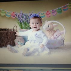 Avery grace photography. Cute Easter photo set up.  Photo not on website Yet.