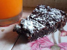 Ya estamos de nuevo por aquí con una nueva receta, esta vez traída de Italia: la Torta de chocolate Milú.  Veréis, el caso es que este verano hemos es