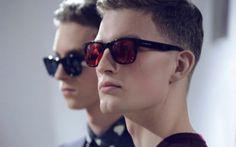 fotos com oculos de sol masculino quadrado