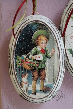 The boy came for the christmas carrols! Decoupage on wood