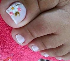 Sencillo y bonito Cute Toe Nails, Toe Nail Art, Diy Nails, Acrylic Nails, Fabulous Nails, Gorgeous Nails, Pretty Nails, Pedicure Designs, Diy Nail Designs