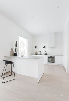 kitchen, modern kitchen, scandinavian kitchen, white kitchen - Home Decor Modern Kitchen Interiors, Modern Kitchen Design, Home Decor Kitchen, Kitchen Furniture, New Kitchen, Home Kitchens, Kitchen White, Kitchen Ideas, Country Kitchens