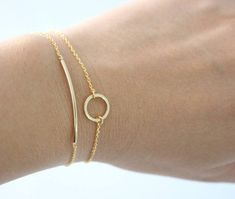 SET OF 2 Gold Bar and Gold Circle bracelet, Gold bar bracelet, gold circle bracelet, Karma bracelet, bridesmaid gift Jewelry Accessories, Jewelry Design, Women Jewelry, Fashion Jewelry, Fashion Earrings, Gold Jewelry Simple, Minimal Jewelry, Silver Jewelry, Trendy Jewelry