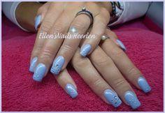 Full color in babyblauw met zilveren dots en strass