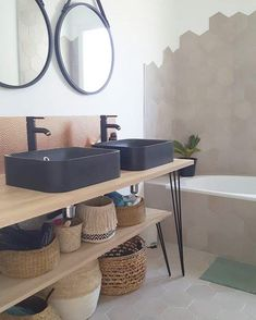 Meuble salle de bain avec HAIRPIN LEGS sur mesure This bathroom furniture and its storage are made from legs hairpin Diy Bathroom Decor, Bathroom Furniture, Bathroom Interior, Small Bathroom, Bathroom Ideas, Bathroom Renovations, Master Bathroom, Contemporary Living Room Furniture, Rustic Furniture