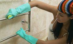 Dile adiós a las manchas en tu baño sin usar químicos