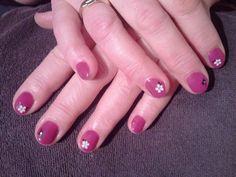 My moms nails. Gellak.