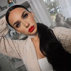 "84.7k Likes, 357 Comments - Carli Bybel (@carlibel) on Instagram: ""today's look  #CarliBybelDeluxeEdition  #urbandecay bad blood liner & #ABH strawberry lipstick…"""