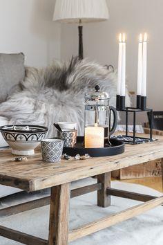 Amalie loves Denmark - living room in autumn and gray knit blanket - Home & Living - Living Room Modern, My Living Room, Home And Living, Living Room Decor, Room Inspiration, Interior Inspiration, Interior Decorating, Interior Design, Scandinavian Living