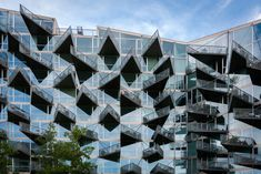Copenhagen, Ørestad, VM Houses, architects Julien de Smedt en Bjarke Ingels ( PLOT )