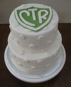 CTR cake - Love me some polka dots! great for a baptism!