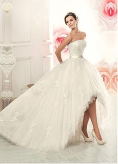 Buy discount Glamorous Tulle Strapless Neckline 2 In 1 Wedding Dress With Lace Appliques at Dressilyme.com