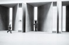 Donald Judd, untitled, in kroller-muller in 1980