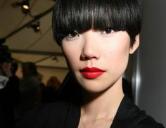 bowl cut made modern. These bangs are sooo great!