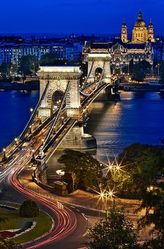 Chain Bridge At Blue Hour - Budapest, Hungary