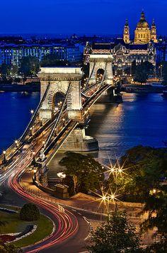 Chain Bridge At Blue Hour - Budapest, Hungary
