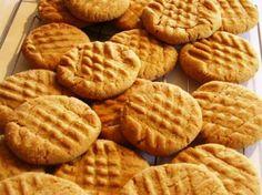 Unas sanas y sabrosas galletas caseras para el desayuno o la merienda http://www.postresypasteles.com/galletas/unas-sanas-y-sabrosas-galletas-caseras-para-el-desayuno-o-la-merienda/