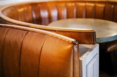 New Curved Booth Seating Restaurant 63 Ideas Restaurant Banquette, Restaurant Booth Seating, Kitchen Banquette, Cafe Seating, Built In Seating, Restaurant Furniture, Seating Plans, Kitchen Nook, Kitchen Island
