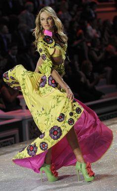 VS Fashion show 2011